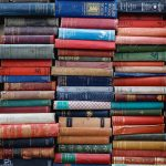 Ronja_ Lotte_Floating_Book _Wall_00